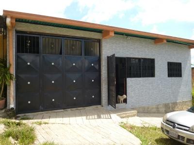 Excelente Casa en sector la chucuri