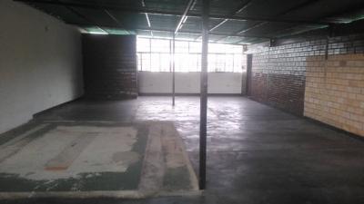 Galpón de 144 mts en Barrio Sucre