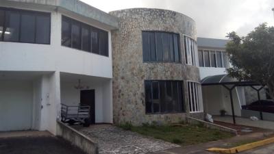 Casa Urbanización Anarú en la Castellana