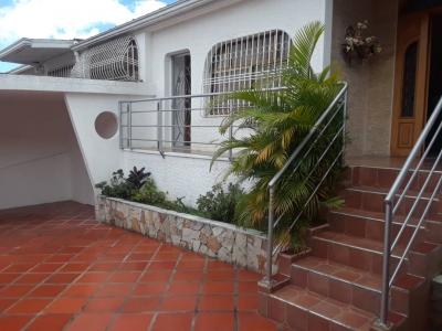 Apartamento tipo estudio barrio Sucre