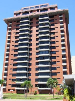 Vendo Apartamento Resd. Loefling Plaza