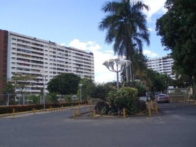 Vendo Apartamento en Resd. Los Raudales, Alta Vista Norte, Puerto Ordaz.