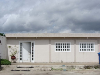 Vendo Casa en calle cerrada, Urb. Villa Icabarú