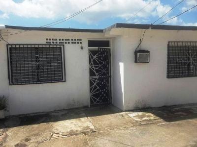 Excelente oportunidad!! Venta de Amplia Casa en Urb Villa Colombia