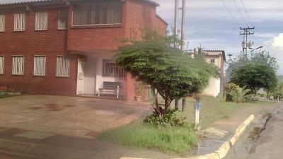 Town House en Terrazas del Atlántico Puerto Ordaz