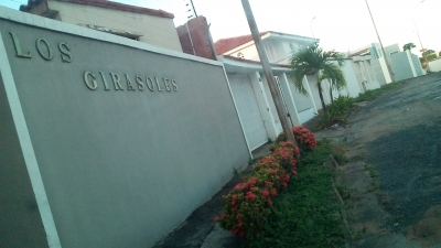 Residencias Los Girasoles, Villa Granada