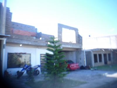 TOWN HOUSE 75 % DEL PROYECTO EN OBRA GRIS