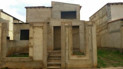 Venta de Town House Urb Lomas del Río Sector Terrazas del Caroni
