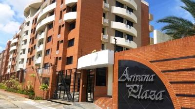 Venta de Espectacular Apartamento Res Arivana Plaza listo para habitar