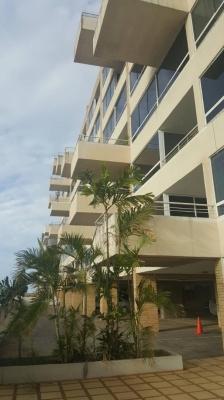 Se vende apartamento en Res. Altolar, Villa Granada