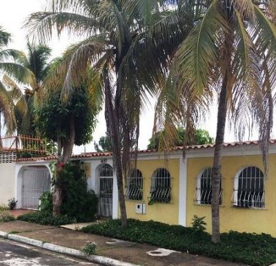 En Venta Casa Lista Para Habitar Urb Río Negro