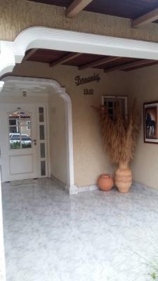 En Venta Amplio y Exclusivo Town House En El Tiamo Country