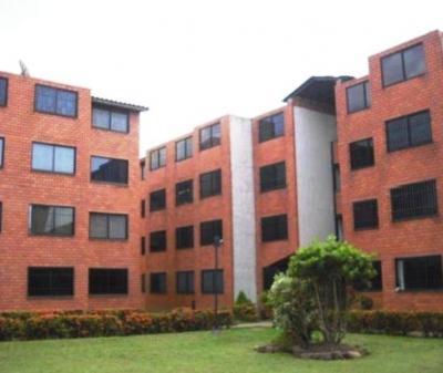 En venta cómodo y amplio apartamento en C.R Las Islas