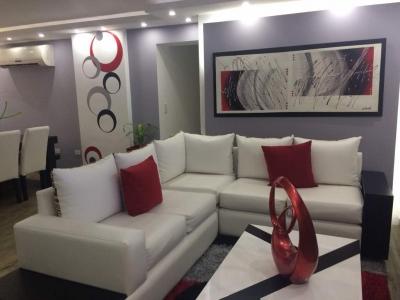 Vendo Hermoso apto en Res Granada Suite Urb. Villa Granada