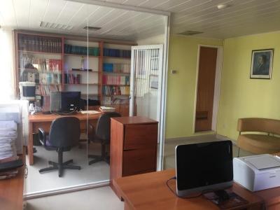 Alquilo Excelente Oficina amoblada en el C.C. Naraya