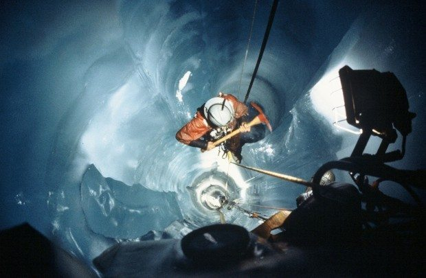 Recovery team members lowering themselves down the melted shaft (via sensoft.ca)