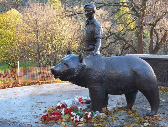 Wojtek, Poland's WWII fighting bear, honored with sculpture in Scotland