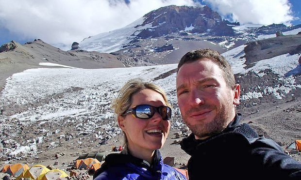 Maria Strydom died on Everest of Altitude Sickness after experiencing hallucinations.