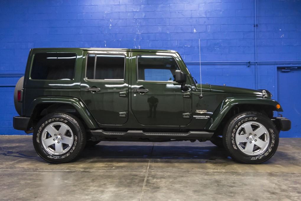 2011 jeep wrangler. Black Bedroom Furniture Sets. Home Design Ideas