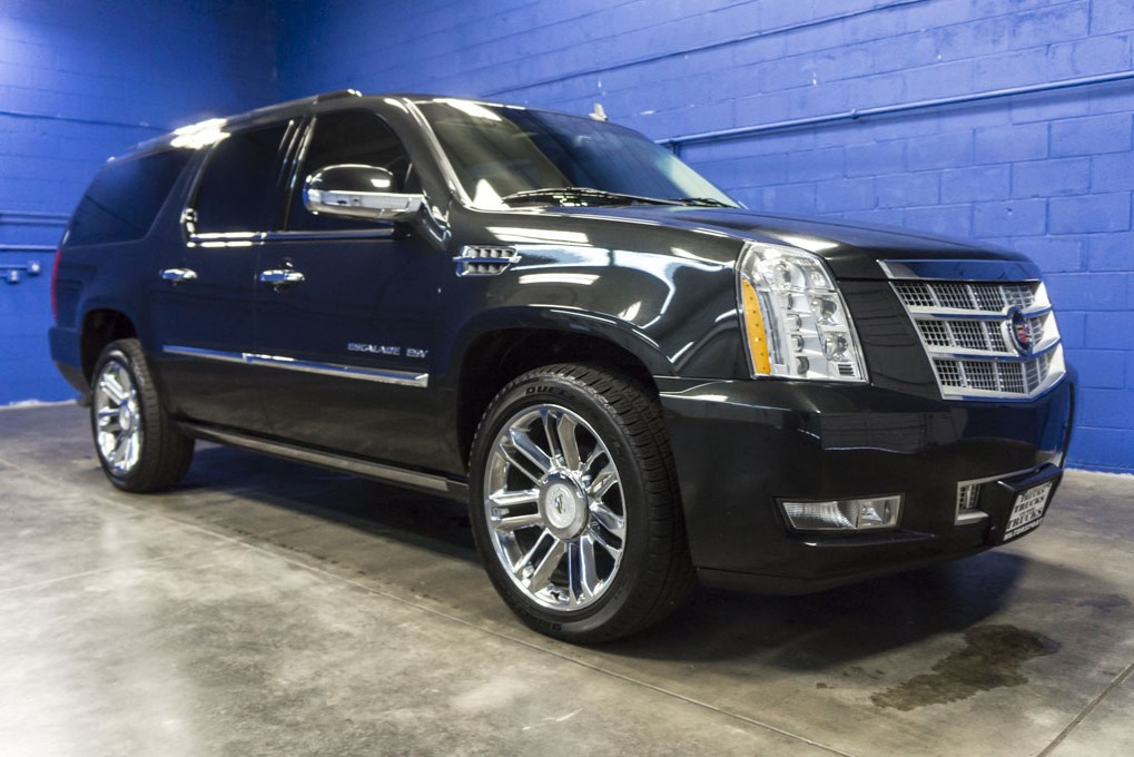 2011 cadillac escalade. Black Bedroom Furniture Sets. Home Design Ideas