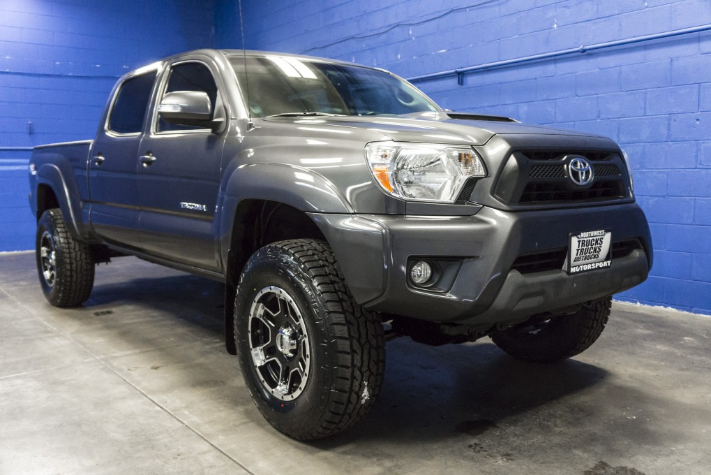 lifted 2013 toyota tacoma 4x4. Black Bedroom Furniture Sets. Home Design Ideas
