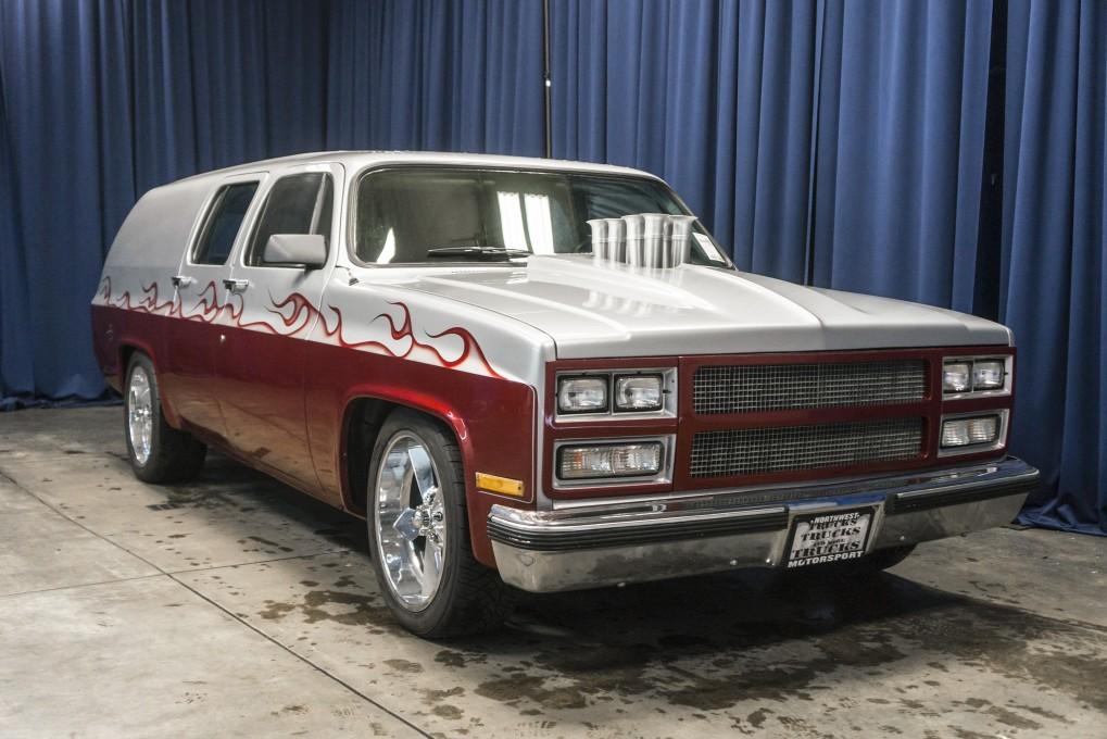 Used 1975 Chevrolet Suburban, $11999
