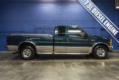 1999 Ford F-350 Lariat RWD