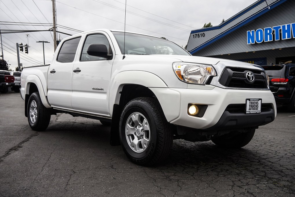 2014 toyota tacoma sr5 4x4. Black Bedroom Furniture Sets. Home Design Ideas