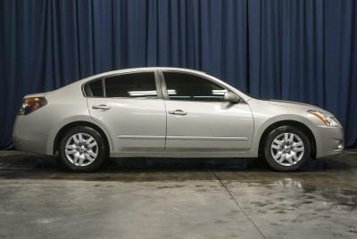 2010 Nissan Altima S FWD