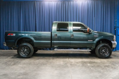 Lifted 2004 Ford F-350 Lariat 4x4
