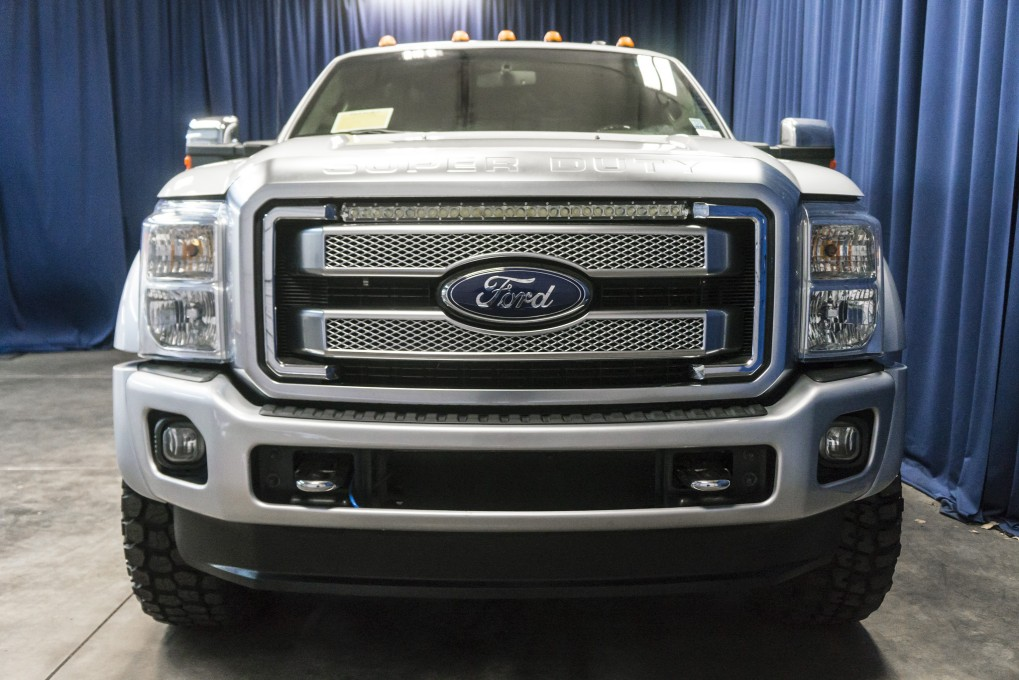 Lifted 2013 Ford F-450 Platinum Dually 4x4
