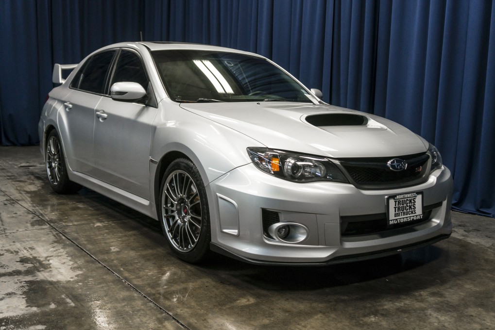 2011 subaru impreza sti awd. Black Bedroom Furniture Sets. Home Design Ideas