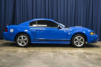 2004 Ford Mustang Mach 1 RWD