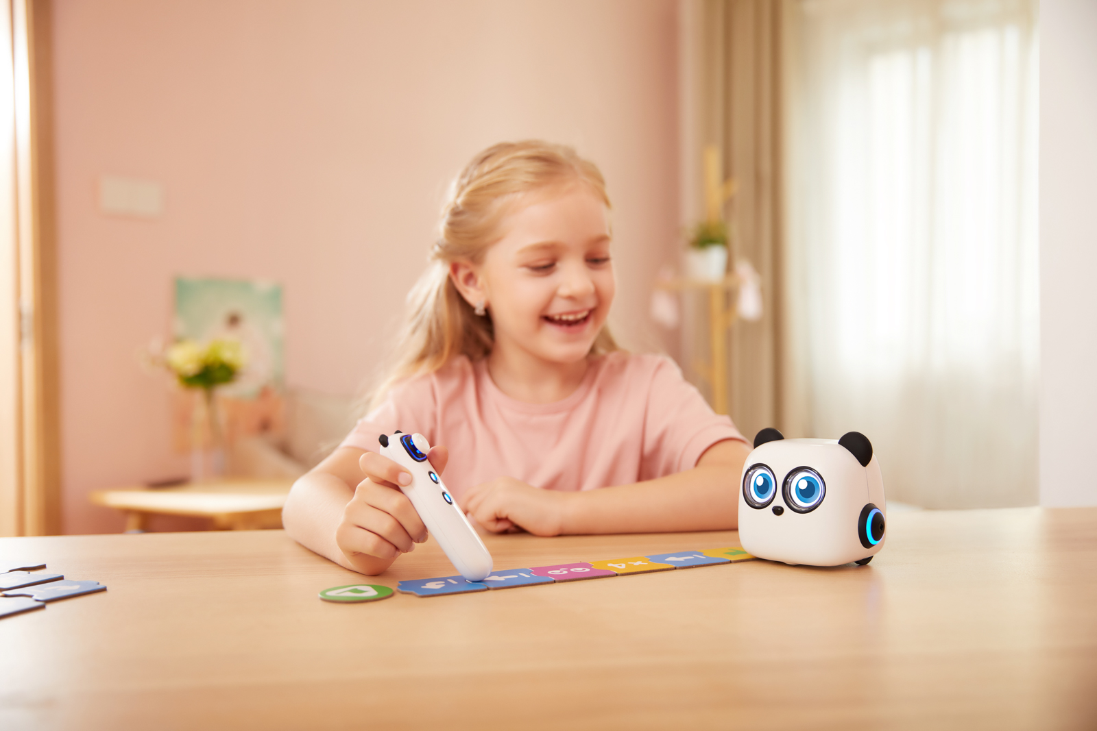 Makeblock Unveils mTiny A Screen-Free Education Robot For