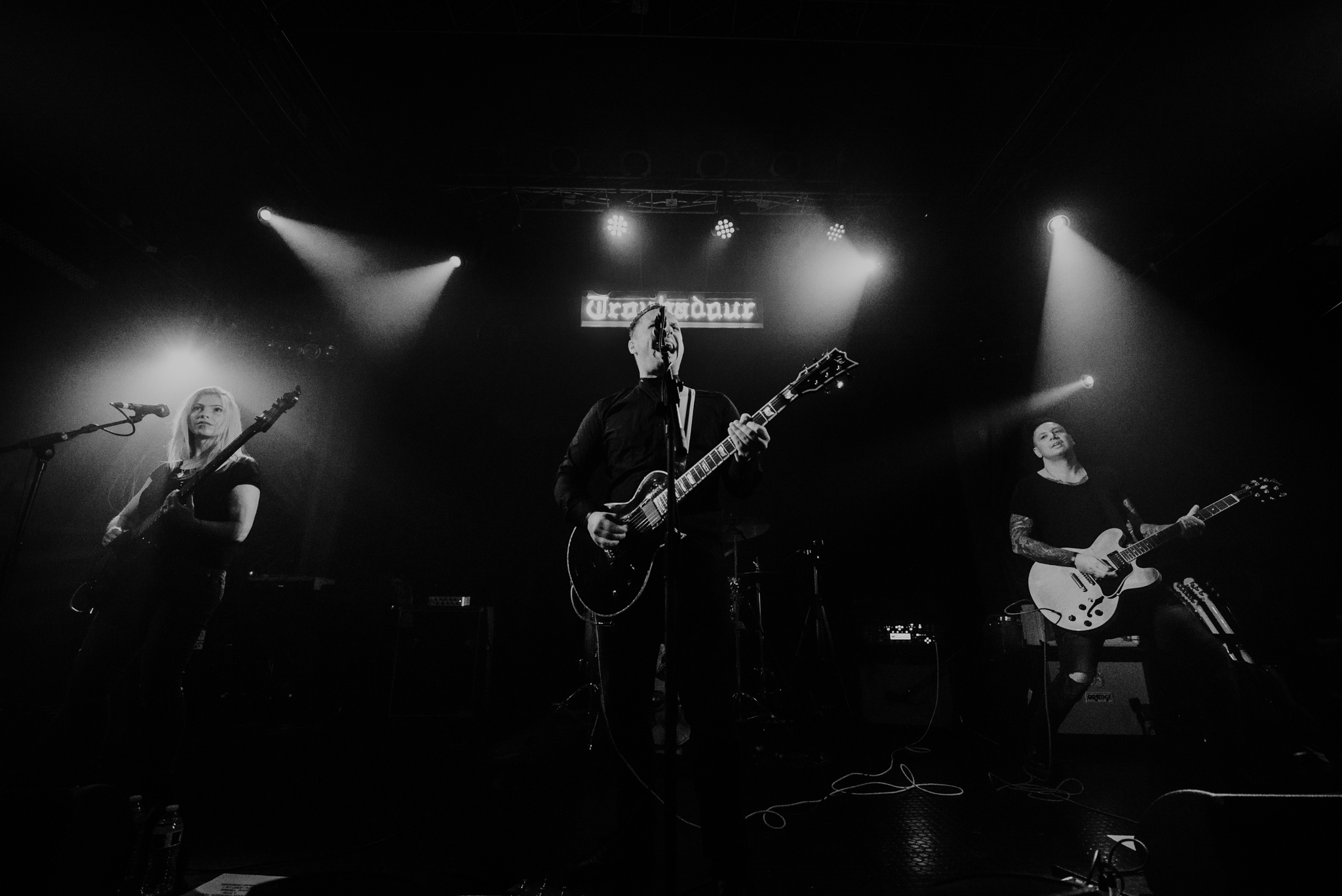 French rock band, Yard Of Blondes, returns with new single ...