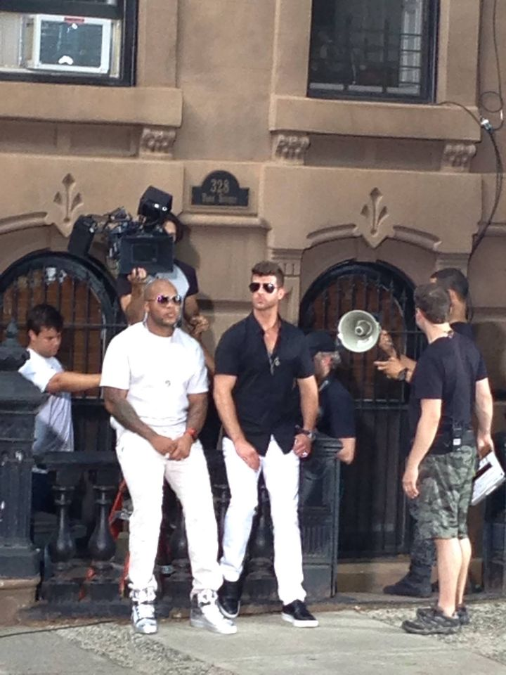 Flo Rida and Robin Thicke on set