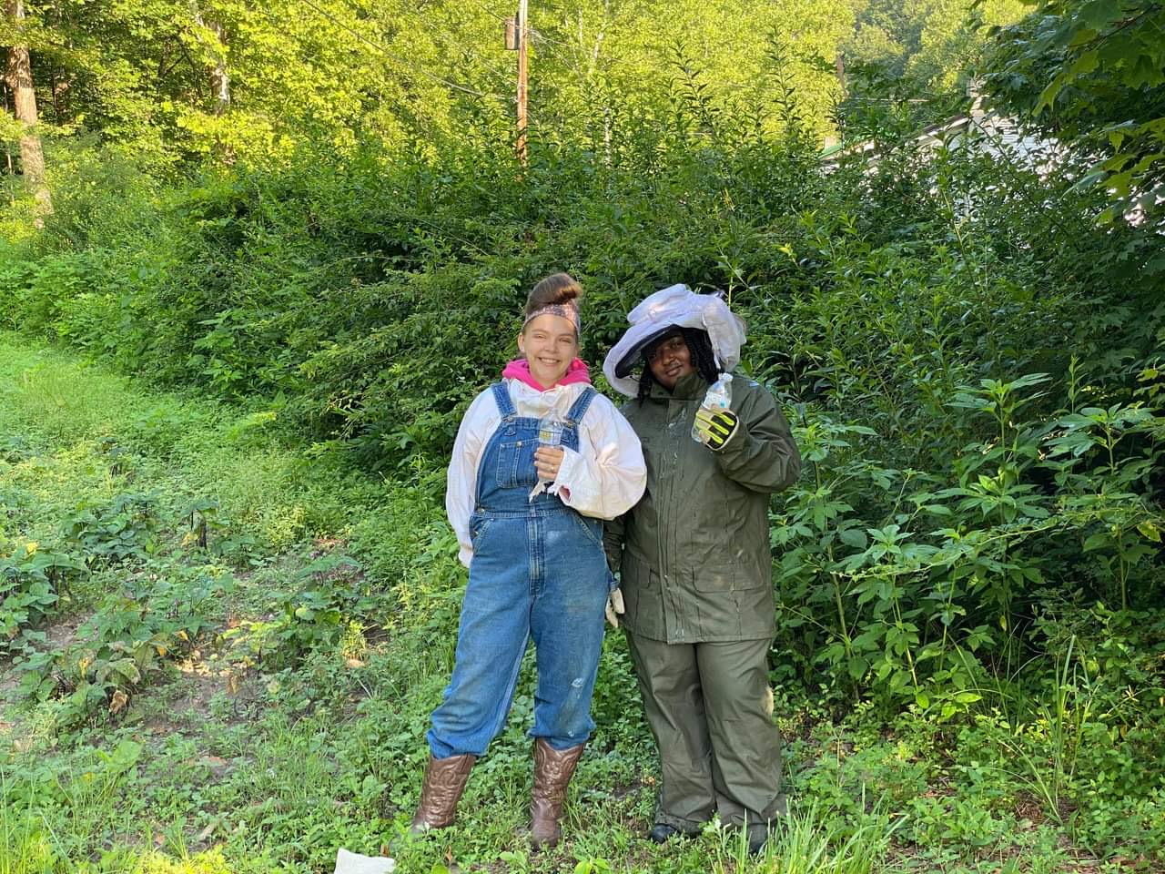 Beekeeping training with EDGE summer 2020 in McDowell County