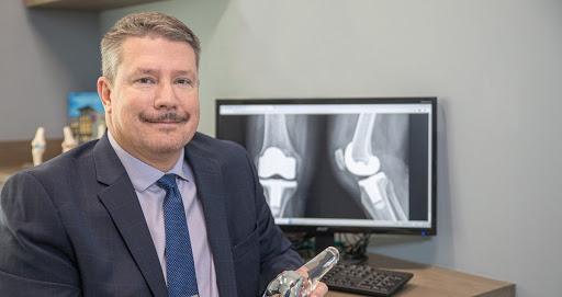 Scott Q. Hannum, MD, an Orthopedic Surgeon with EmergeOrtho