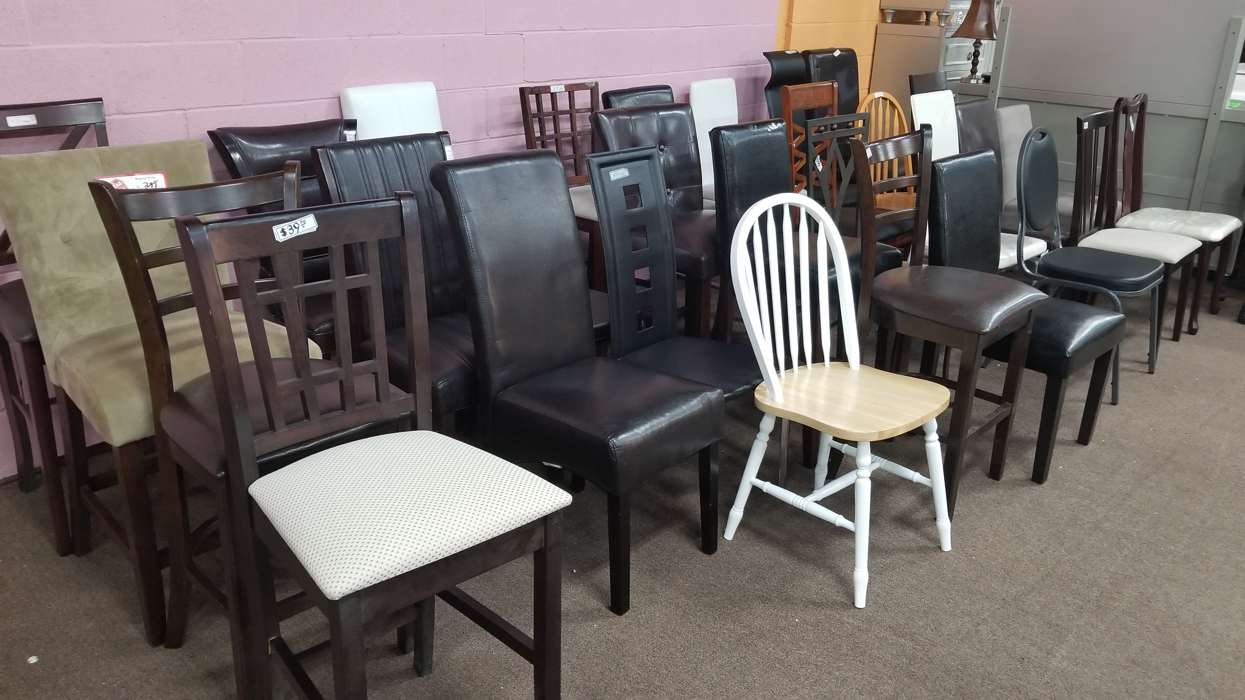 Frre chairs to homeless and refugees