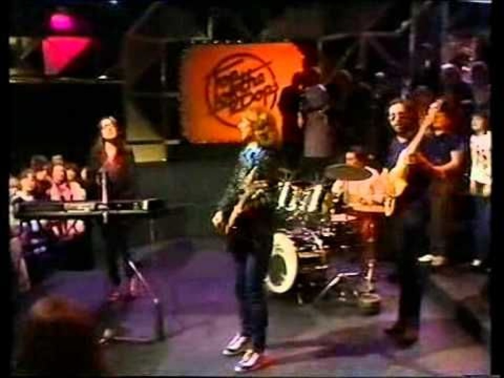 Kay With Susan on Top of the Pops