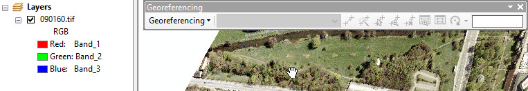 An image of an inactive Georeferencing toolbar, despite the raster added to the map.