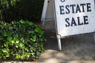 Estate-sale-sign-3