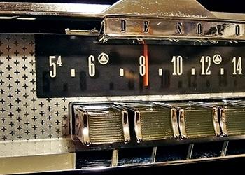1960 DeSoto Deluxe Model Radio