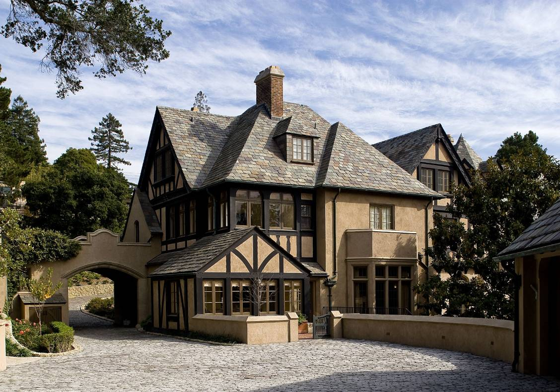 Upon arrival through the cobblestone gateway drive, one is offered a charming view of the estate.