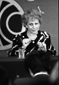 大統領顧問 ベラ・チャスラフスカ 写真 1
