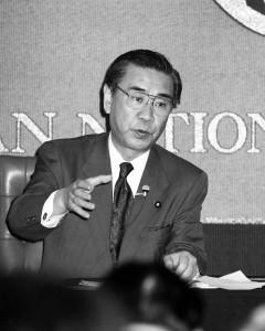 首相 羽田  孜 写真 2
