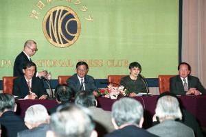 首相 フン・セン 写真 1