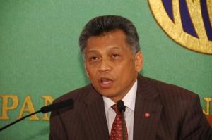 ASEAN事務総長 スリン・ピッスワン  写真 2
