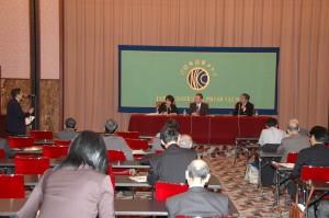 元米国務省朝鮮部長 デービッド・ストラウブ 写真 2