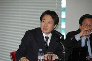 東京大学先端科学技術研究センター准教授 池内恵 写真 2